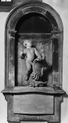 St Bartholomew;Monument to Richard Emmott