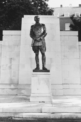 Statue of Lord Kitchener of Khartoum