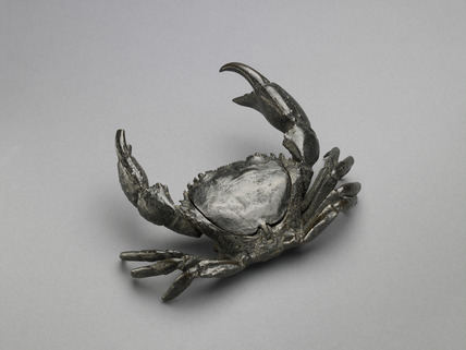 Inkstand in form of a crab