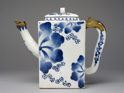 Porcelain ewer with underglaze blue decoration and European silver-gilt mounts
