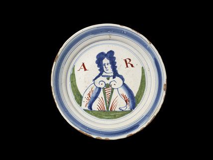 Plate with Queen Anne