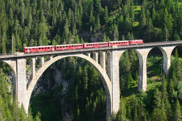 The famous Gotthard railway passes via Lugano and interconnects the Alps and connects with railways of Italy and Germany.
