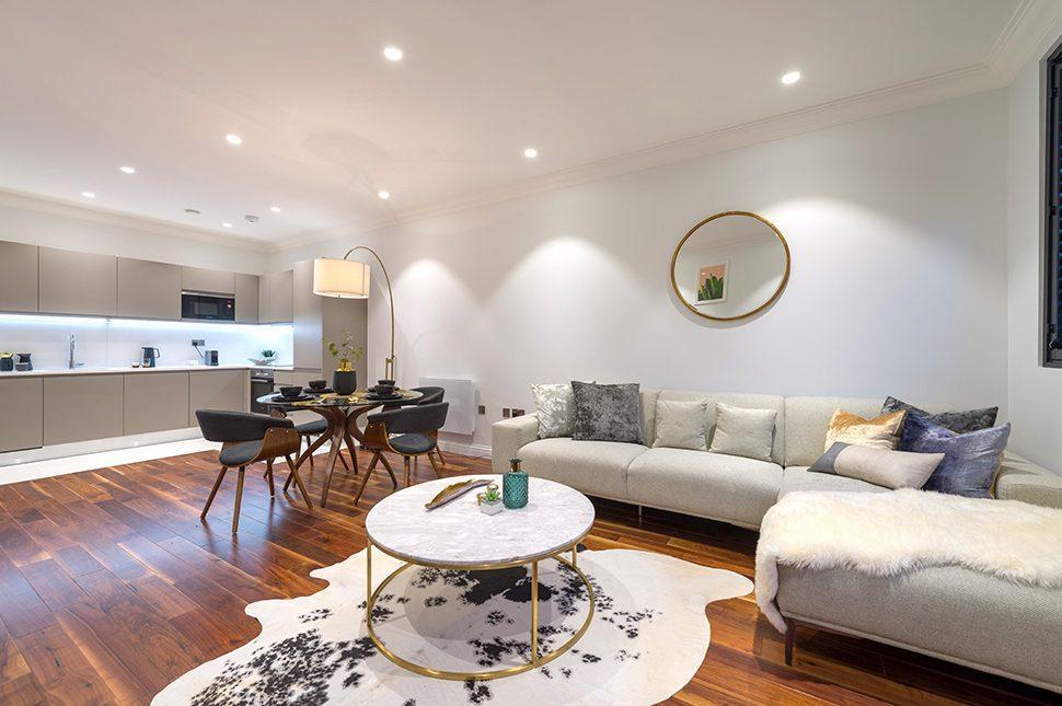 Collingwood House. A living room. Mercers Rd.