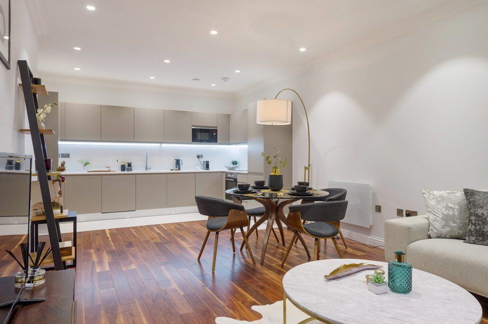 Collingwood House. A dining area. Mercers Rd.