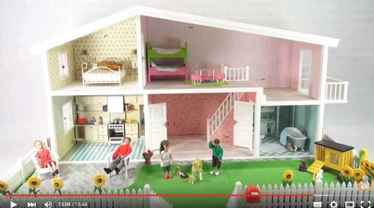 The Lucky Penny Shop reviews the kitchen etc. | Lundby