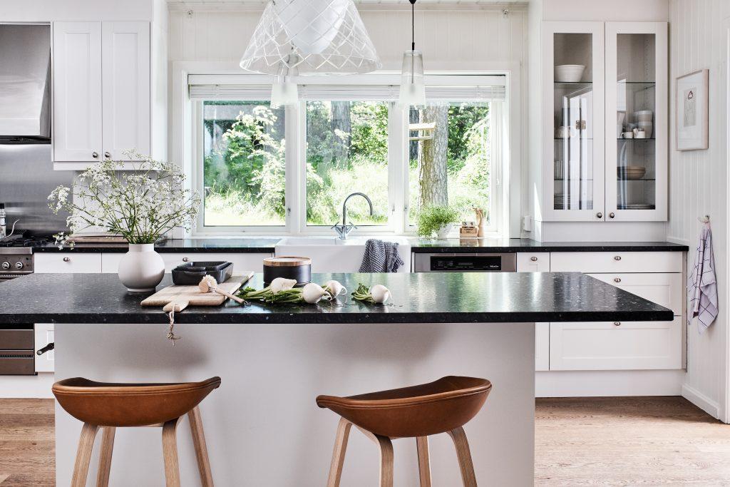 Lundhs Emerald® benkeplate i stein - kjøkken