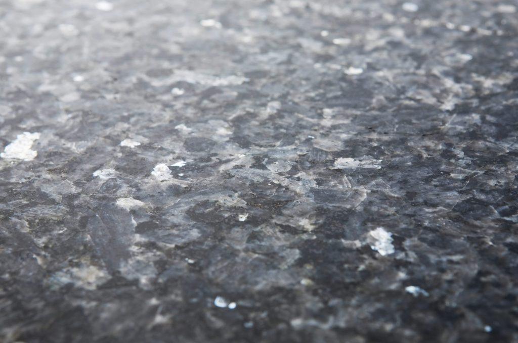 Lundhs Blue® - polert - benkeplate i stein