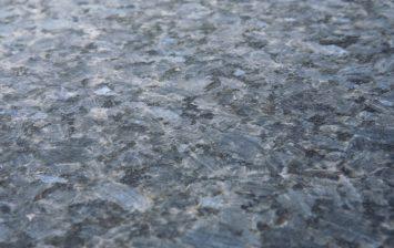 Lundhs Royal® - matt børstet (silkematt) - benkeplate i stein