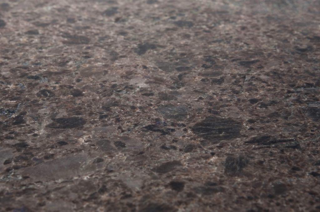 Benkeplate i stein - Lundhs Antique® - matt børstet (silkematt)