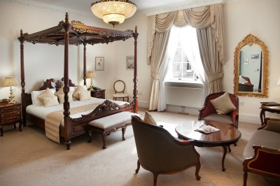 doxford-hall-guest-room-four-poster