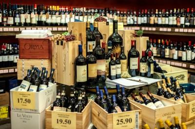 Explore Authentic Tuscany wines