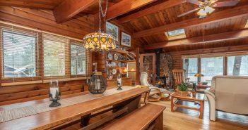 Charles Road Gravenhurst cottage interior