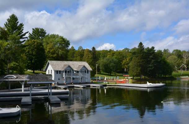 Top Luxury Resorts and Hotels in Muskoka Port Cunnington Lodge