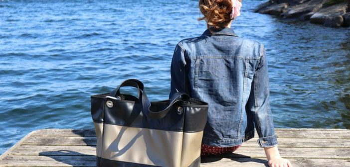 drop Nautical Handbag with girl on dock