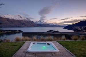 12 Top New Zealand Holiday Homes From Bookabach
