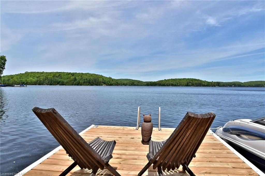 Haliburton Waterfront Cottage Features Stunning Lake Views and Privacy Aplenty