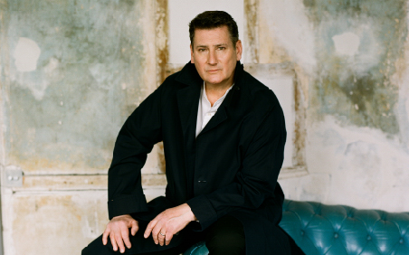 Organize your visit to The London Palladium to watching Tony Hadley performing live. Book theatre tickets today.