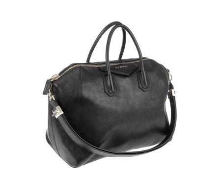 Продаю новую модель кожаной сумки Givenchy ANTIGONA из коллекции...