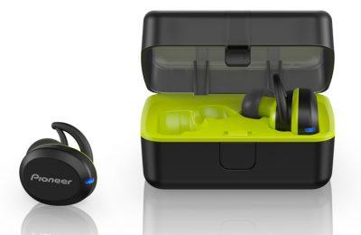 Pioneer esitteli täyslangattomat E8-kuulokkeet fitness-käyttöön