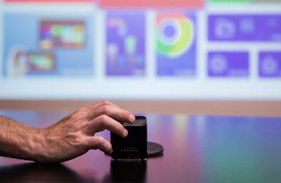 Minikokoinen PIQO-projektori tarjoaa peräti 240 tuuman kuvan – joukkorahoitus käynnissä