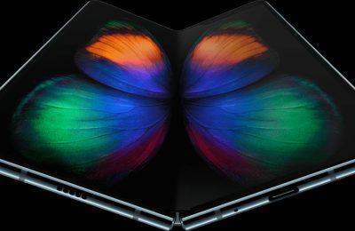 Samsungin taittonäyttöisen Galaxy Foldin hinta ja saatavuus tarkentuivat – ennakkotilaus alkaa 26.4