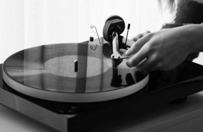 Pro-Ject esitteli uuden X1-levysoittimen – pääpaino ominaisuuksien sijaan äänenlaadussa