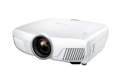 Testissä Epson EH-TW9400W -projektori: Luonnollista kuvantoistoa langattomasti