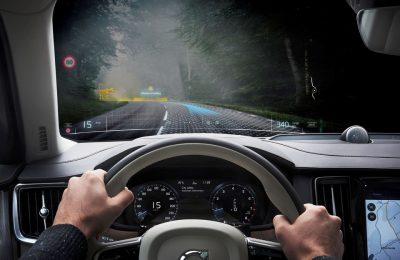 Volvo yhteistyöhön suomalaisen VR-yrityksen Varjon kanssa – samalla julkistettiin uusi XR-1-etupaneeli virtuaalilaseihin