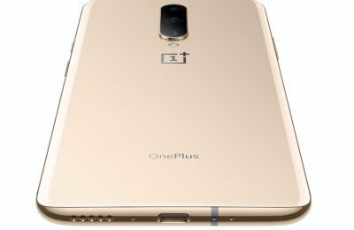 OnePlus 7 Pron Almond-värivaihtoehto saapui myyntiin Suomessa