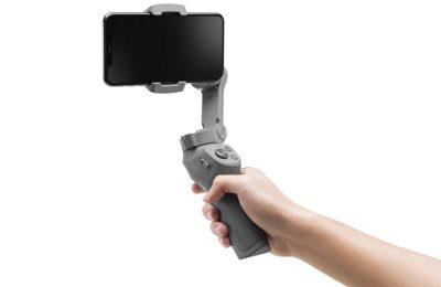 DJI:n mobiilikäyttöön tarkoitettu Osmo Mobile -gimbaali uudistui kolmanteen sukupolveensa – nyt enemmän saranoita