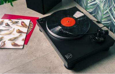 Audio-Technica esitteli AT-LP5x:n – parannettu versio tutusta USB-levysoittimesta