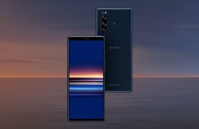 Sony esitteli pienemmän mutta lippulaivaominaisuuksilla varustetun Xperia 5 -puhelimen