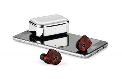 Master & Dynamicilta kaksi uutta täyslangatonta kuuloketta
