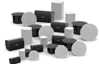 Bose Professionalin yrityskäyttöön tarkoitettu DesignMax-kaiutinperhe saapuu Eurooppaan