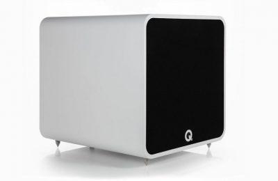 """Q Acousticsin uusi 12"""" elementillä varustettu aktiivisubwoofer"""