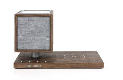 Tivoli Audion uusi Revive-kaiutin vapauttaa pöydät kaaoksesta