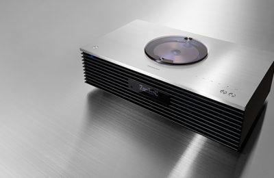Technicsiltä kompakti stereojärjestelmä