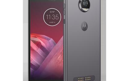 Motorolan Moto Z2 Play julki