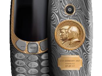 Caviarilta kustomoitu Nokia 3310 Putinin ja Trumpin kuvalla