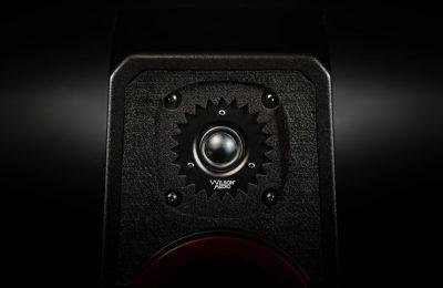 Wilson Audio nostalgisten WATT-tarkkailukaiuttimiensa jäljillä – tulossa kompaktimpi versio