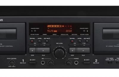 Tascam on julkistanut tupladekkisen kasettisoittimen ammatti- ja kotikäyttöön