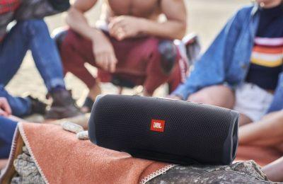 PCMag: JBL:n Charge 4 tarjoaa hintaan ja kokoon nähden loistavaa äänenlaatua