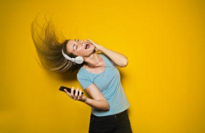 Vertailussa musiikin suoratoistopalvelut Deezer, Spotify ja Tidal – miljoonia musiikkikappaleita muutamalla hipaisulla