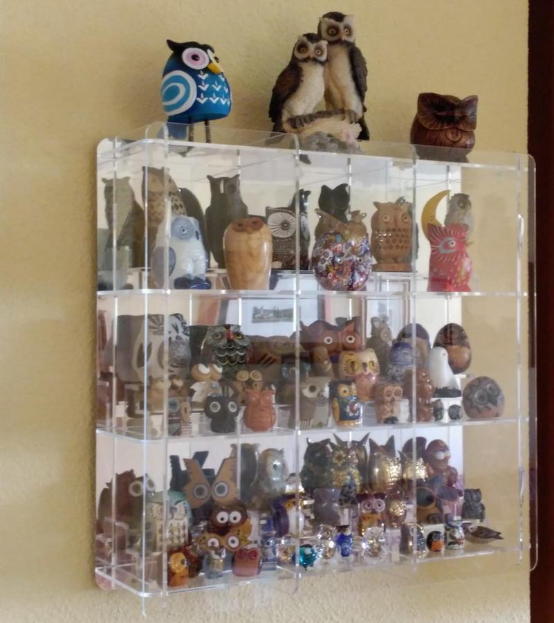 Expositor de metacrilato para figuras