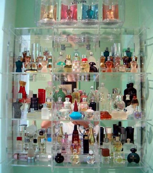 Vitrinas de metacrilato para perfumes - Vitrinas para miniaturas ...