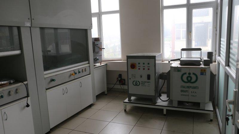 alt_1Mısırlı Ramat » Ramatçılık, Atölye, Laboratuvar, Kuyumculuk - İstanbul