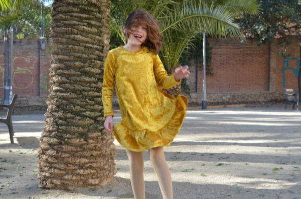 mamemimo waterfall raglan dress chalkandnotch 06