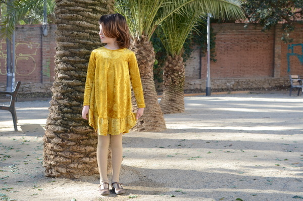 mamemimo waterfall raglan dress chalkandnotch 04