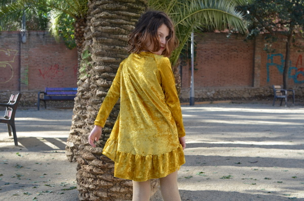 mamemimo waterfall raglan dress chalkandnotch 02
