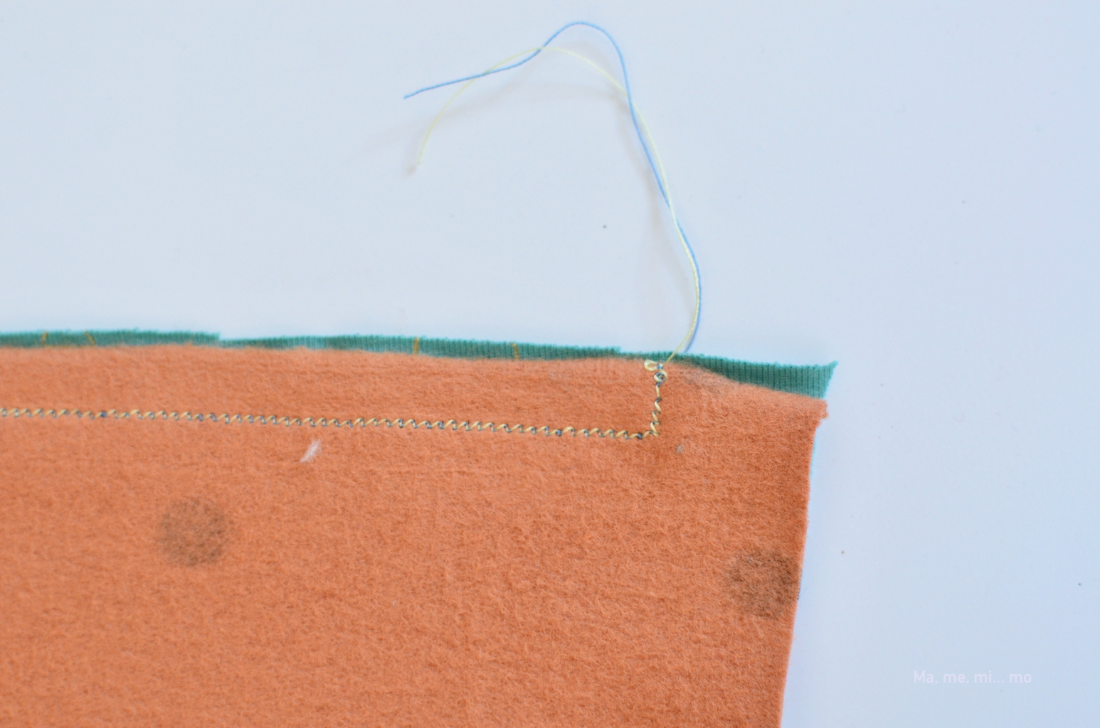 tutorial braga cuello mamemimo detalle costura
